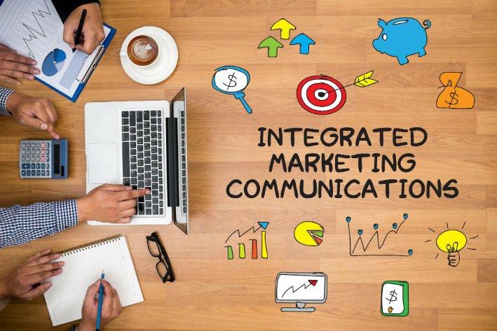 comunicazione integrata online offline