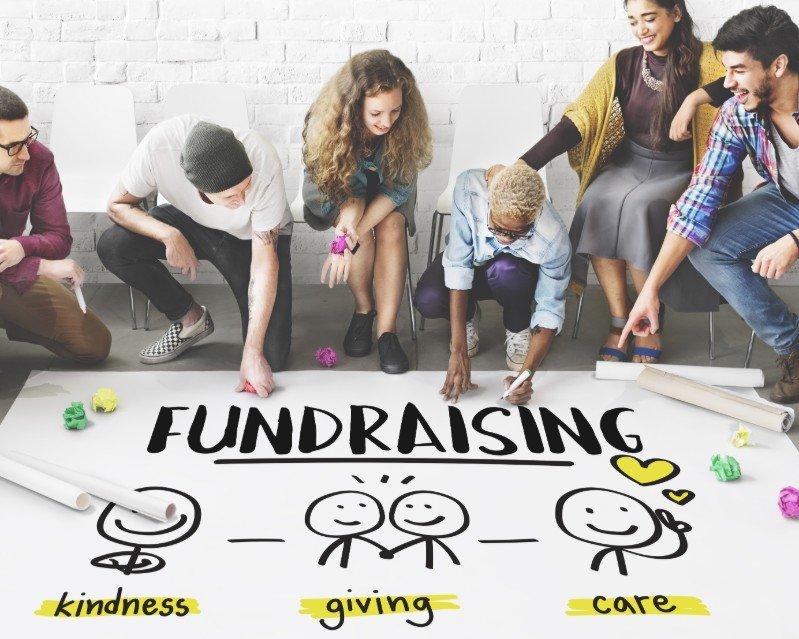 Raccolte fondi sui social network