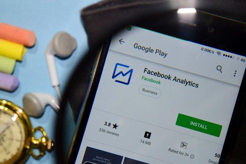 Facebook Analytics sparirà da Giugno 2021